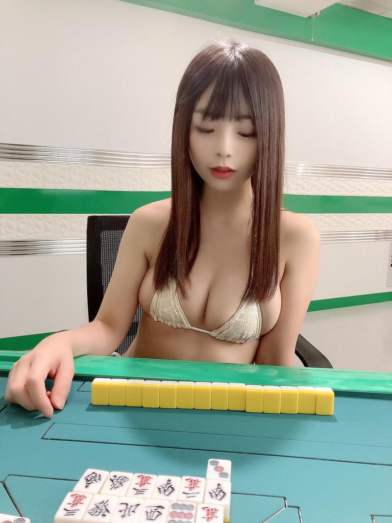 【柚月彩那エロ画像】ミニマムボディにGカップ巨乳のアンバランスさがエロい! 85