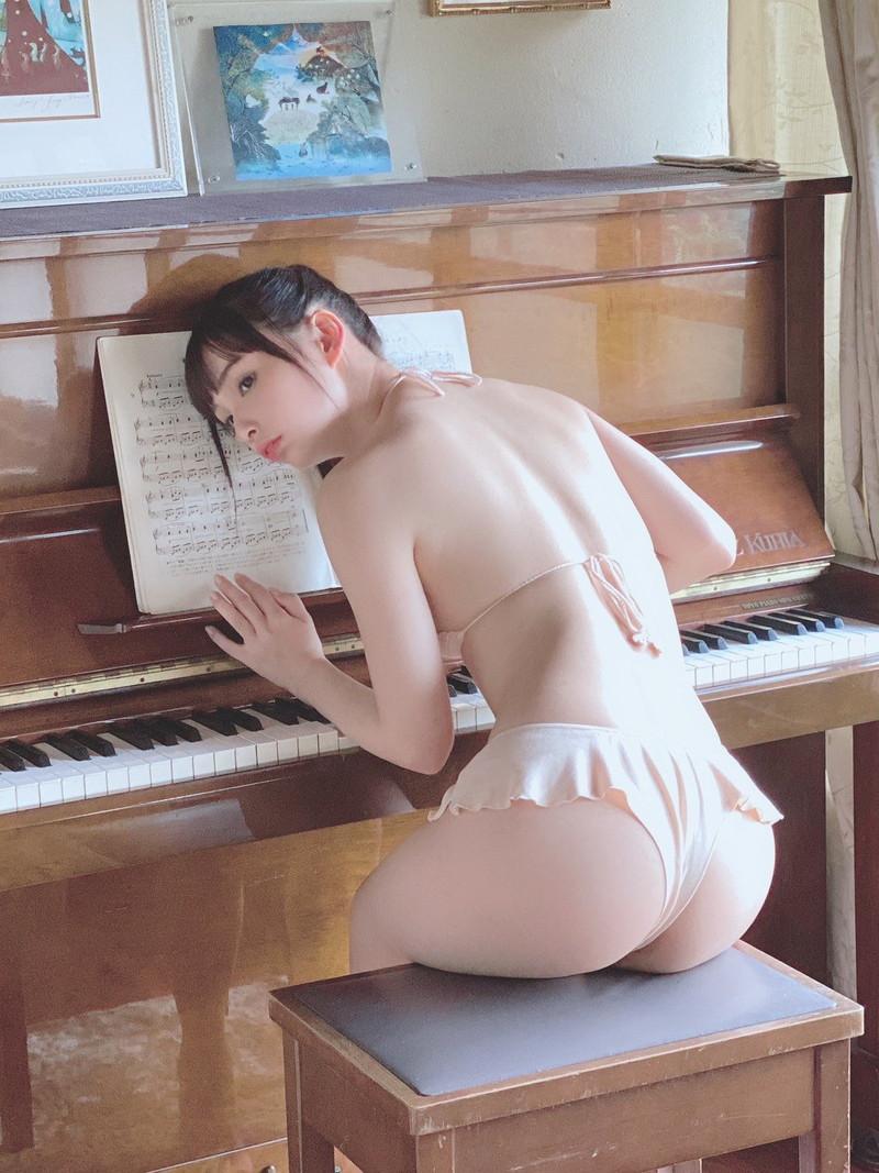 【鶴巻星奈キャプ画像】元ジュニアアイドルだけど今もエロいイメージ撮ってるねw 64