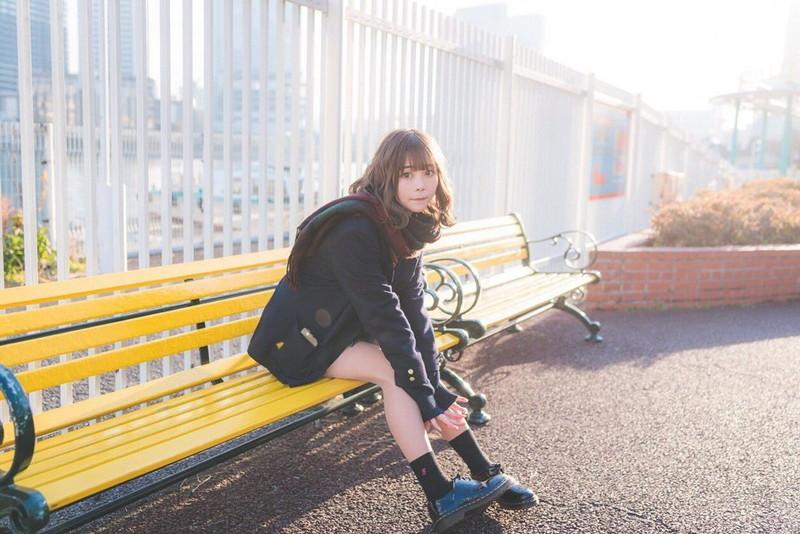 【青木りさエロ画像】近頃カワイイと話題になっている美少女アイドル 04