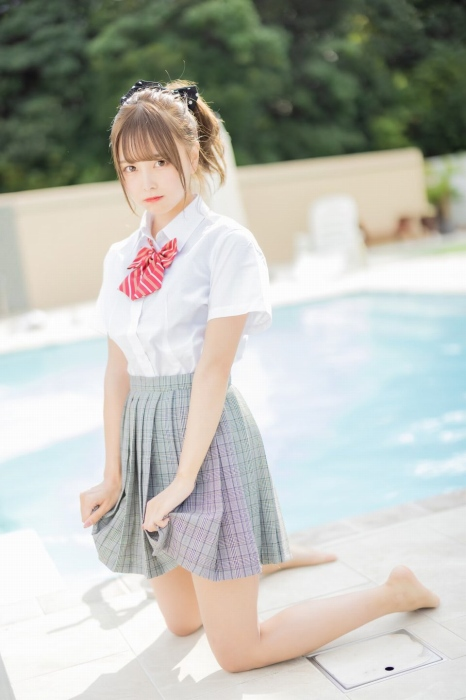 【青木りさエロ画像】近頃カワイイと話題になっている美少女アイドル 15