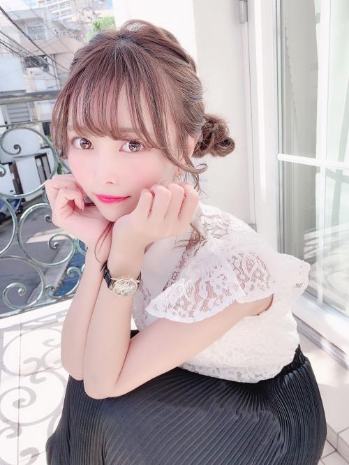 【青木りさエロ画像】近頃カワイイと話題になっている美少女アイドル 17