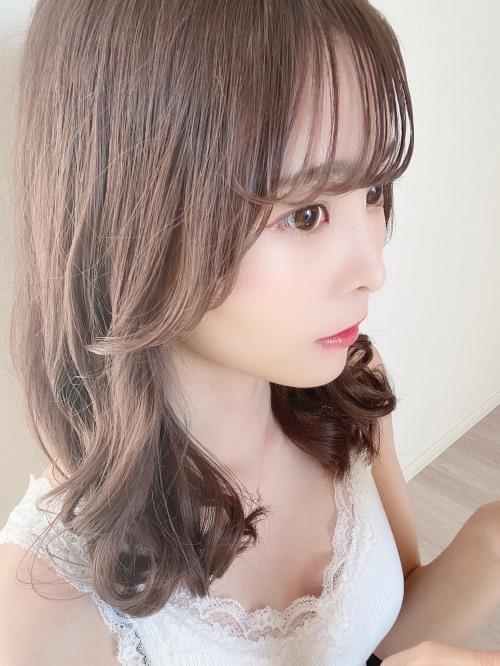 【青木りさエロ画像】近頃カワイイと話題になっている美少女アイドル 23