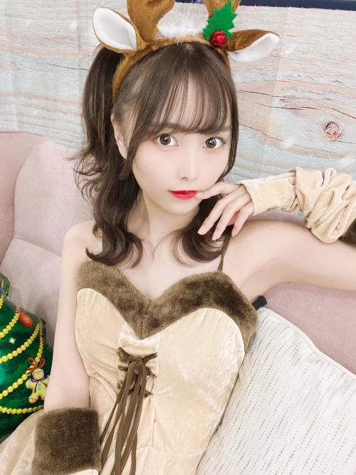 【青木りさエロ画像】近頃カワイイと話題になっている美少女アイドル 29