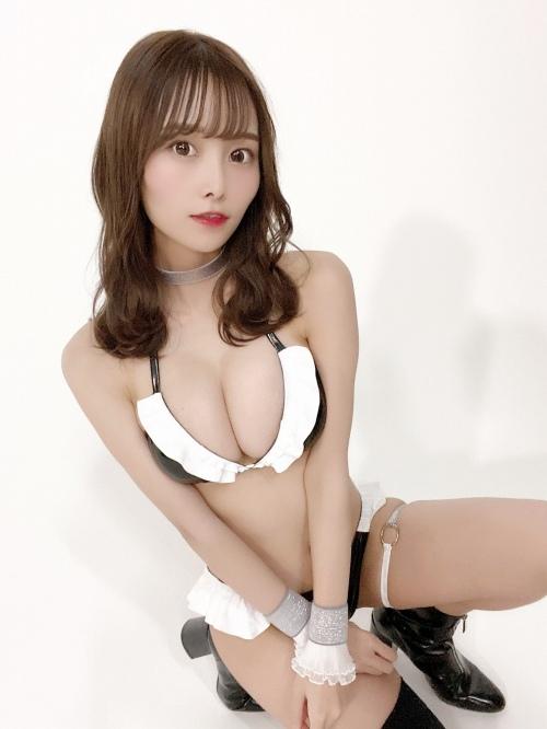 【青木りさエロ画像】近頃カワイイと話題になっている美少女アイドル 30