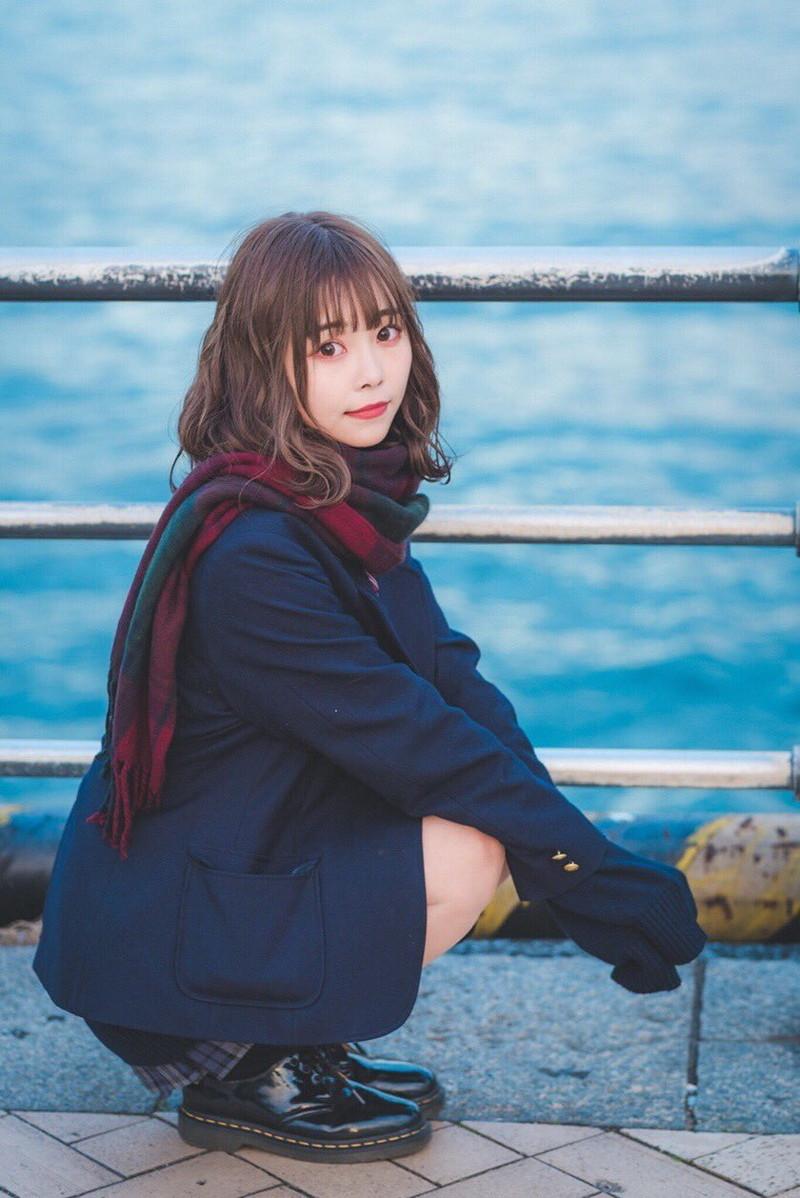 【青木りさエロ画像】近頃カワイイと話題になっている美少女アイドル 44