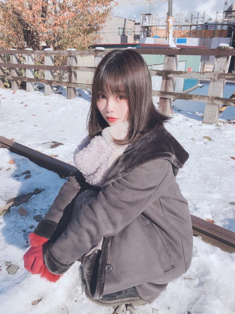 【青木りさエロ画像】近頃カワイイと話題になっている美少女アイドル 48