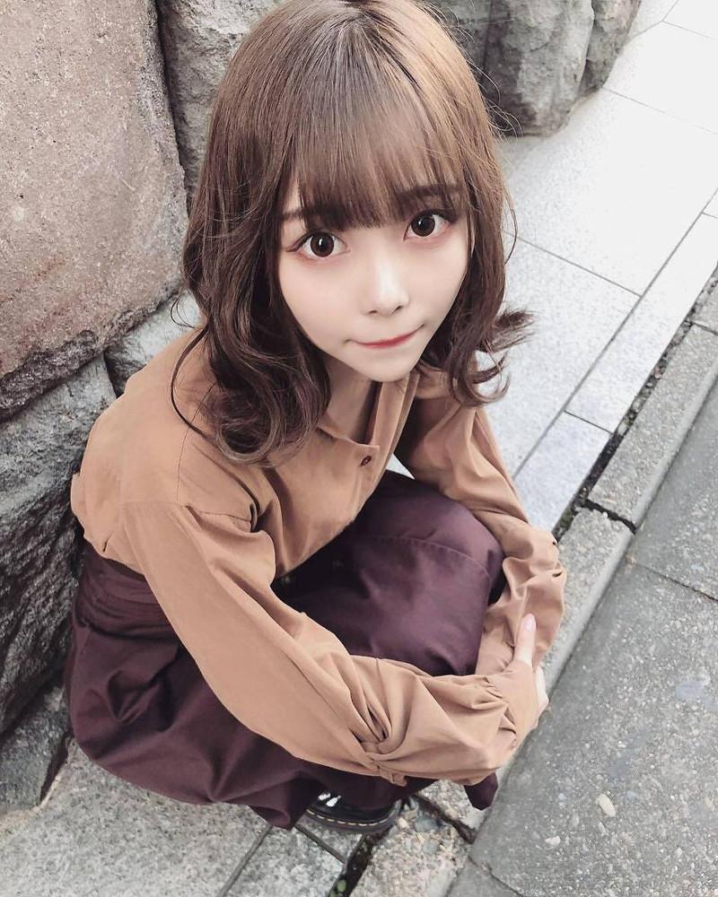 【青木りさエロ画像】近頃カワイイと話題になっている美少女アイドル 56