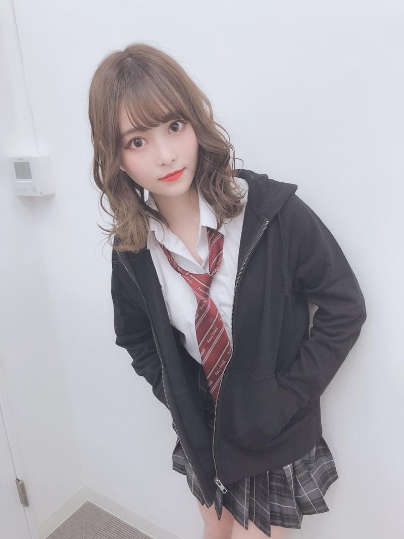 【青木りさエロ画像】近頃カワイイと話題になっている美少女アイドル 57