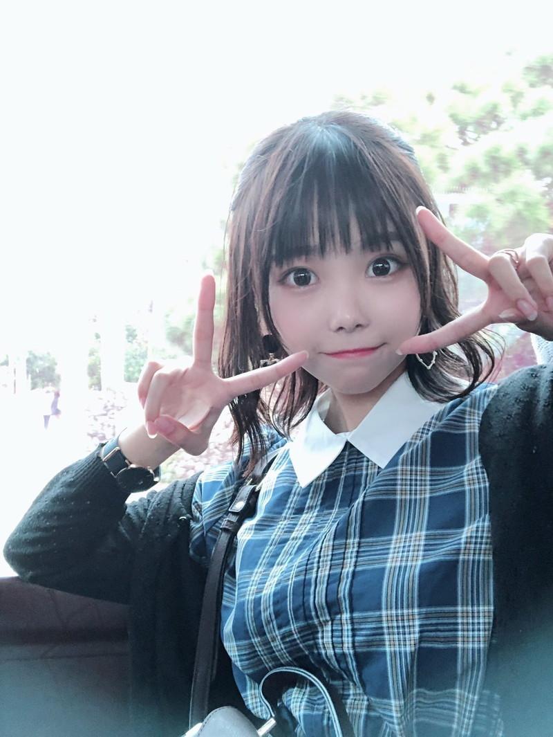 【青木りさエロ画像】近頃カワイイと話題になっている美少女アイドル 64