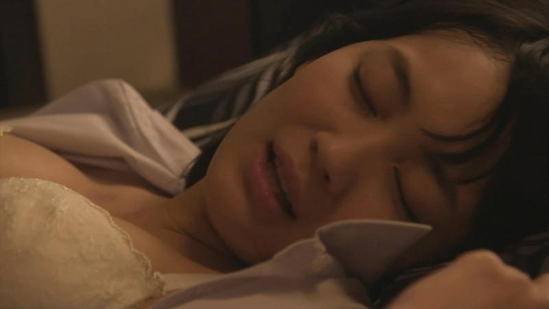 【吉本実憂濡れ場画像】国民的美少女コンテスト女優のキスとセックスシーン 37