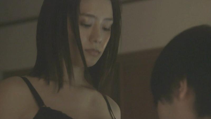 【吉本実憂濡れ場画像】国民的美少女コンテスト女優のキスとセックスシーン 47