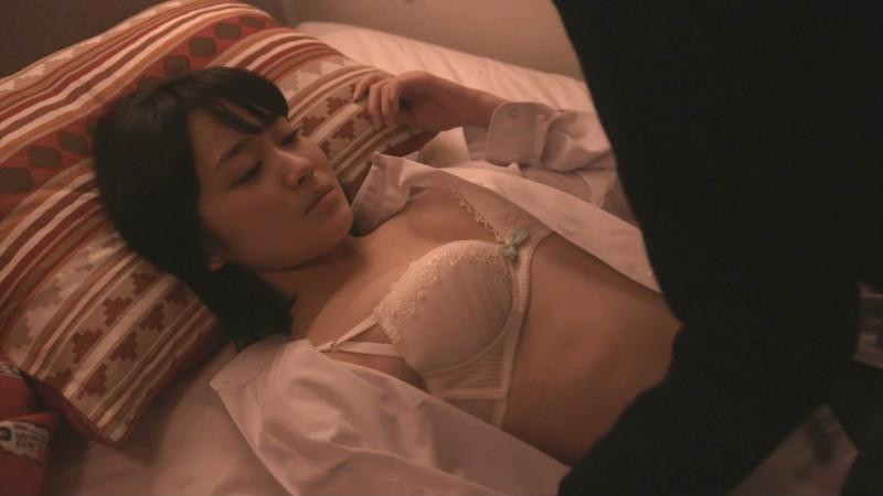【吉本実憂濡れ場画像】国民的美少女コンテスト女優のキスとセックスシーン 59