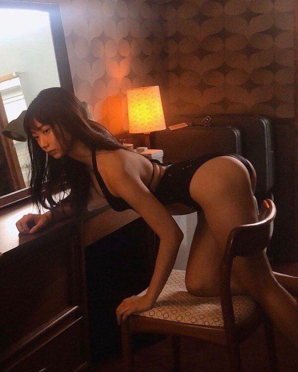 【相沢菜々子エロ画像】長身スレンダーボディが魅力のレースクイーン美女! 13