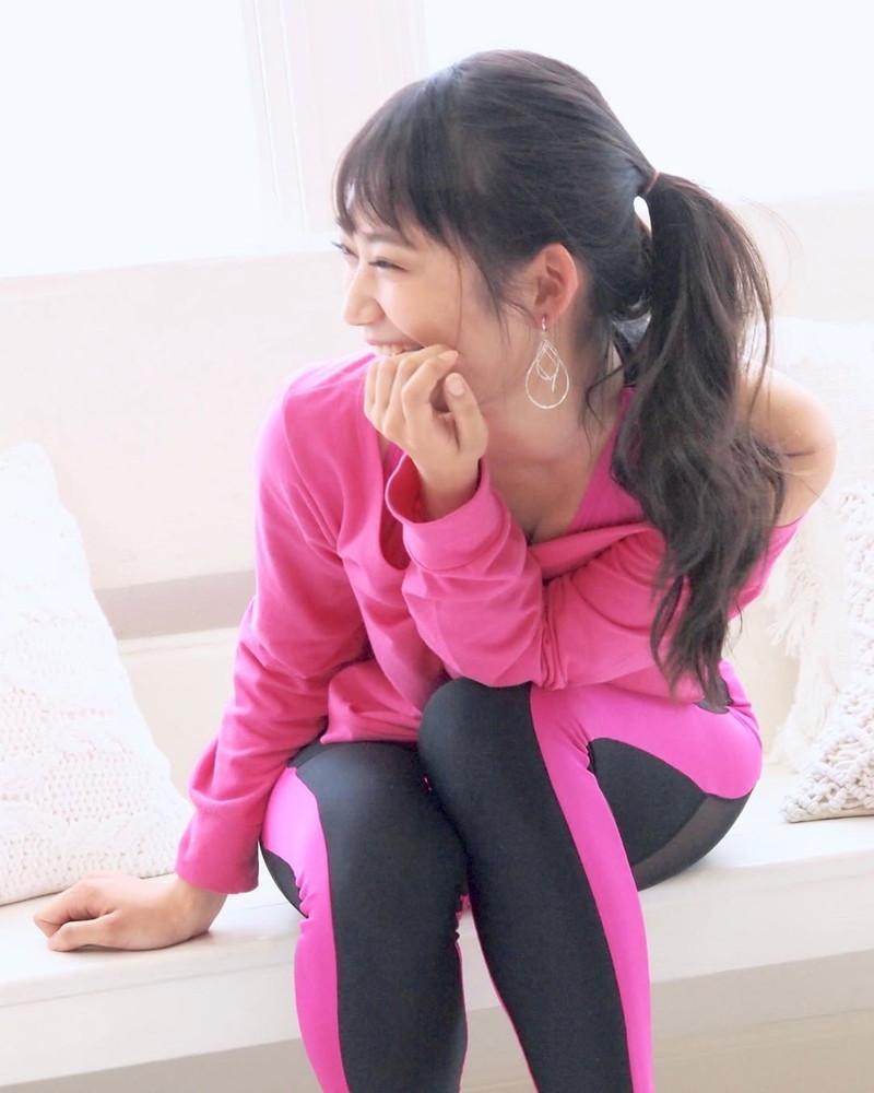 【相沢菜々子エロ画像】長身スレンダーボディが魅力のレースクイーン美女! 55