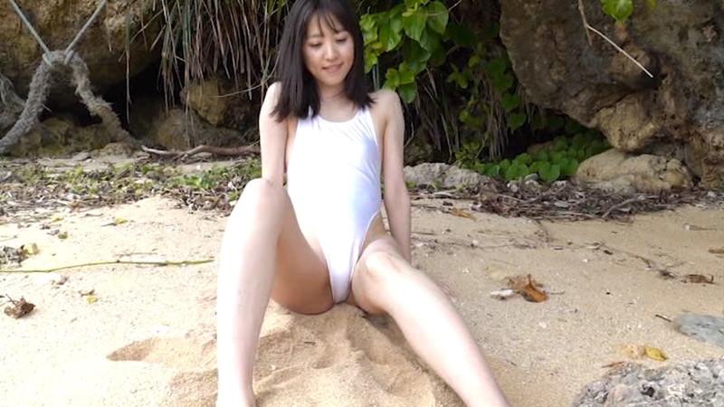 【船岡咲キャプ画像】中高生向けの元ファッションモデルが結構エロいイメージ出してるw 04