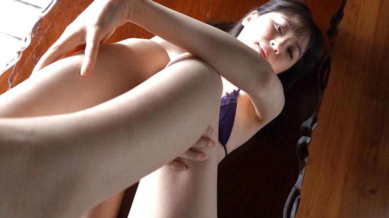 【船岡咲キャプ画像】中高生向けの元ファッションモデルが結構エロいイメージ出してるw 22