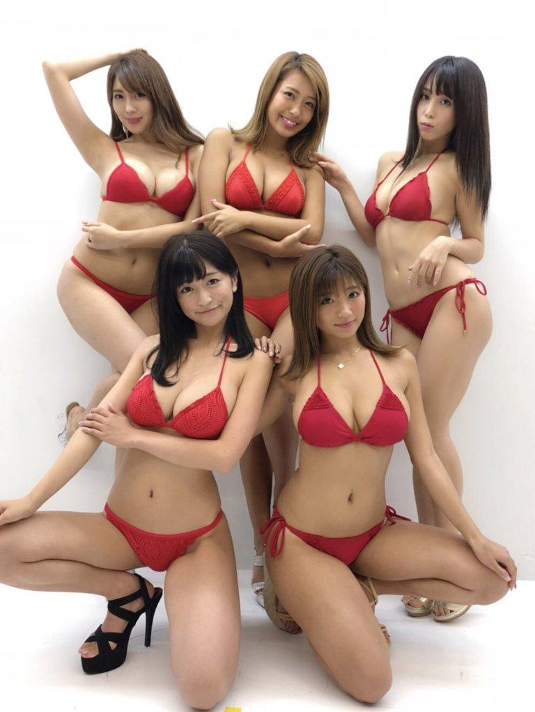 【リップガールズエロ画像】メンバー全員Gカップ以上って巨乳ハーレムじゃん! 17