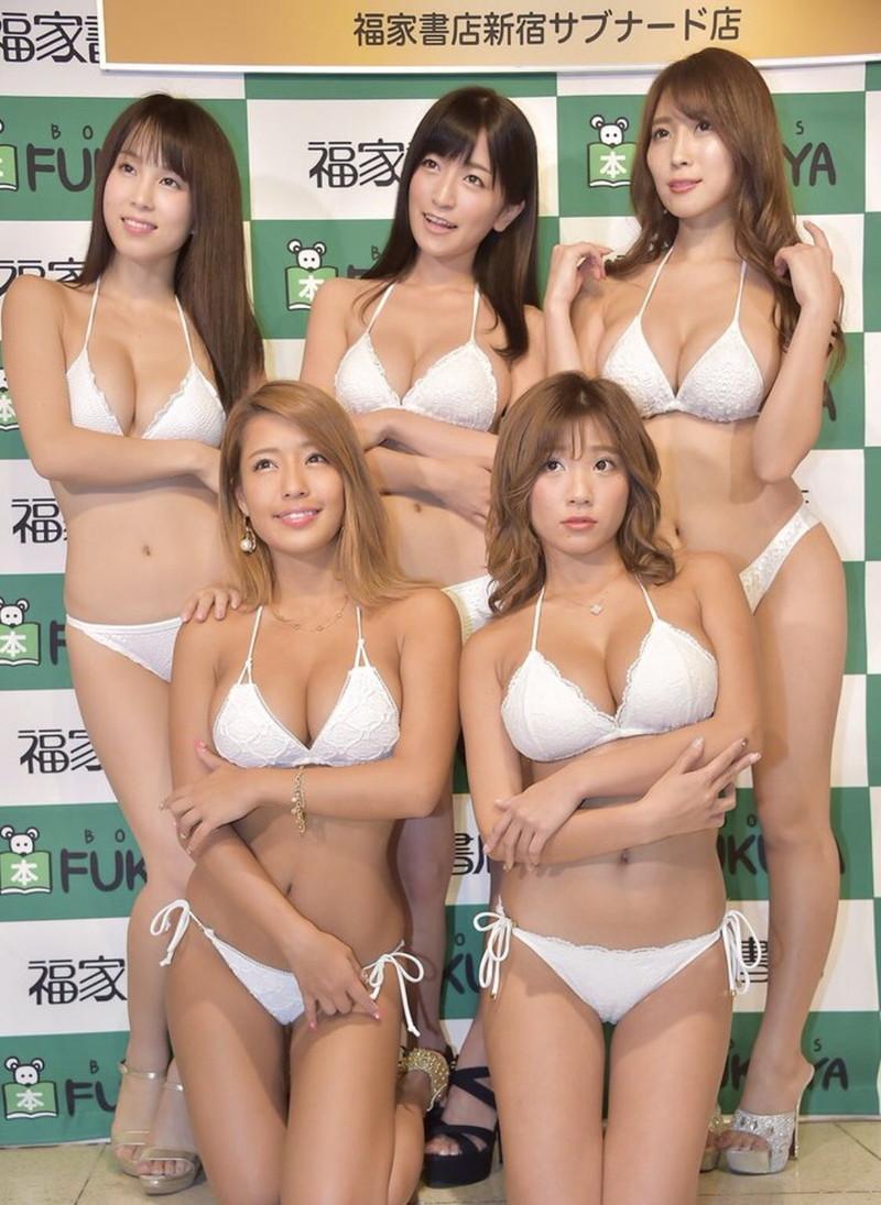【リップガールズエロ画像】メンバー全員Gカップ以上って巨乳ハーレムじゃん! 53