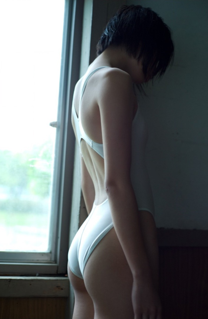 【お尻エロ画像】見てるとムラムラしてくれる性欲をソソられるお尻の美女 63