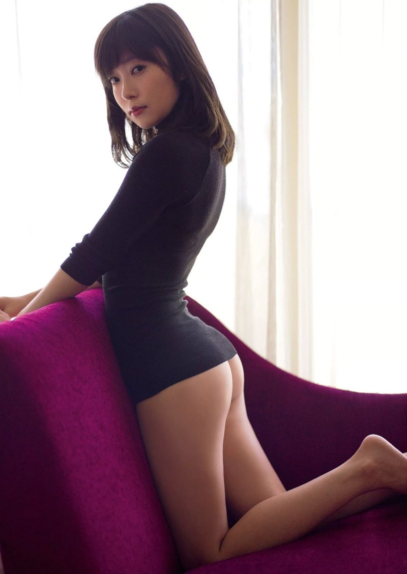 【お尻エロ画像】見てるとムラムラしてくれる性欲をソソられるお尻の美女 64
