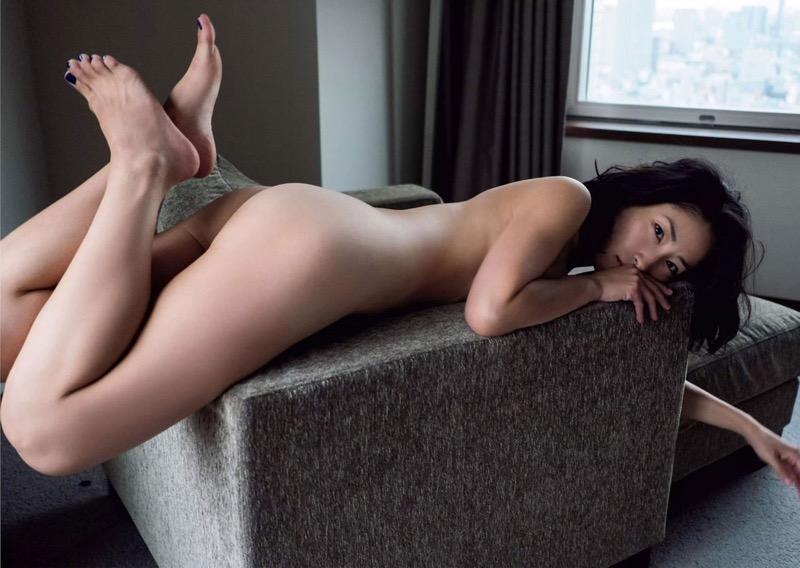 【お尻エロ画像】見てるとムラムラしてくれる性欲をソソられるお尻の美女 65