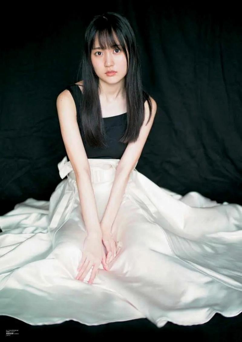 【賀喜遥香グラビア画像】太めの眉が純朴美少女って感じがして可愛い! 30