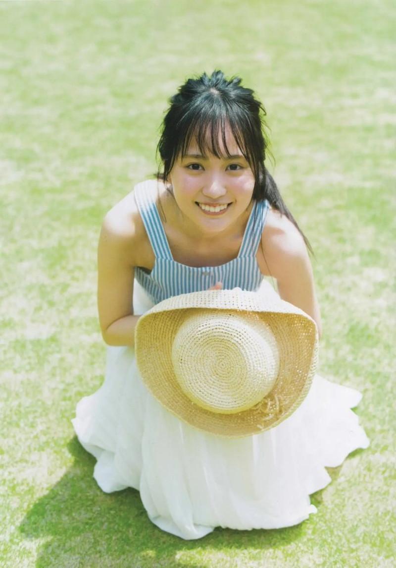 【賀喜遥香グラビア画像】太めの眉が純朴美少女って感じがして可愛い! 44