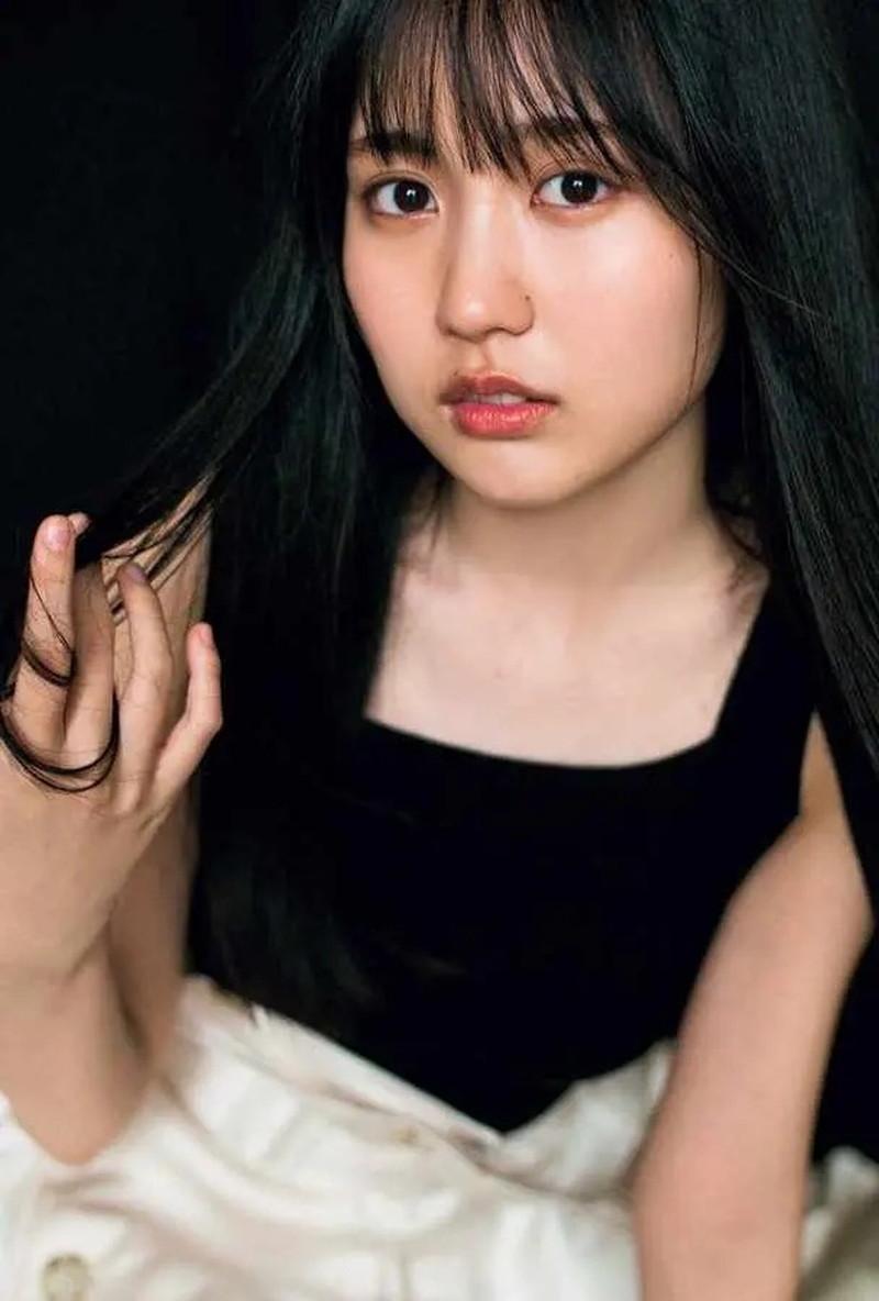 【賀喜遥香グラビア画像】太めの眉が純朴美少女って感じがして可愛い! 75
