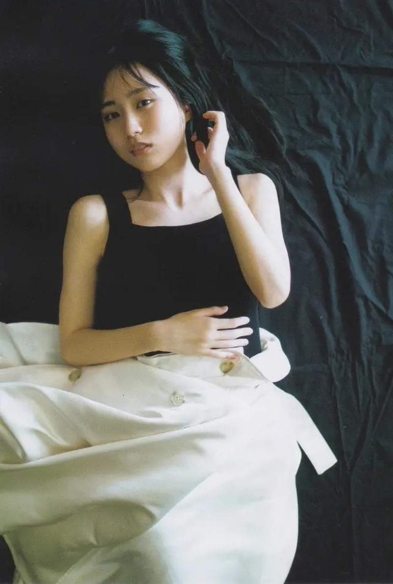 【賀喜遥香グラビア画像】太めの眉が純朴美少女って感じがして可愛い! 77