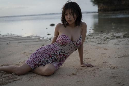 【寺本莉緒キャプ画像】グラビア新人賞を獲って今乗りにノってる巨乳美少女 55