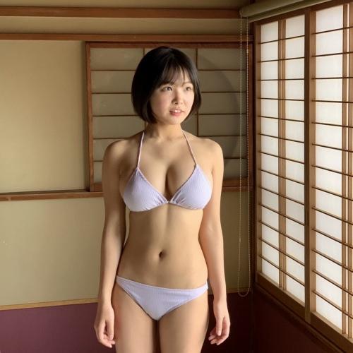 【寺本莉緒キャプ画像】グラビア新人賞を獲って今乗りにノってる巨乳美少女 61