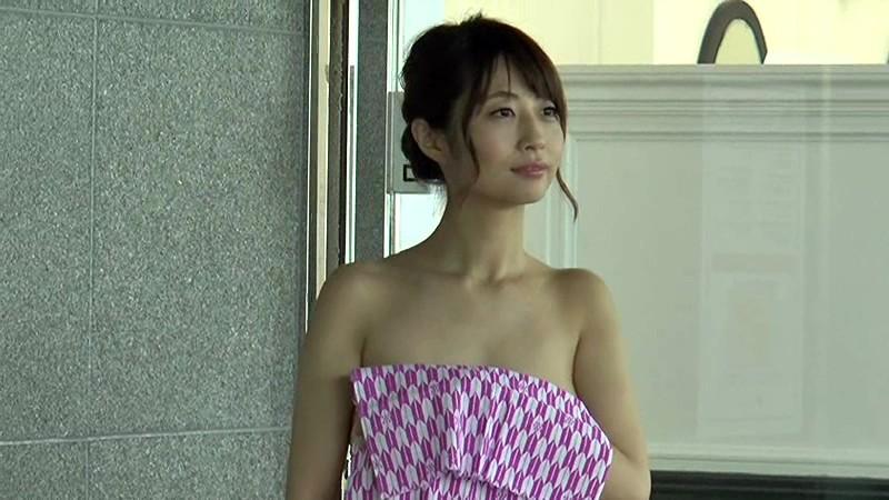 【古川真奈美キャプ画像】熟女グラドルが若い頃から撮ってきたエロシーン! 36