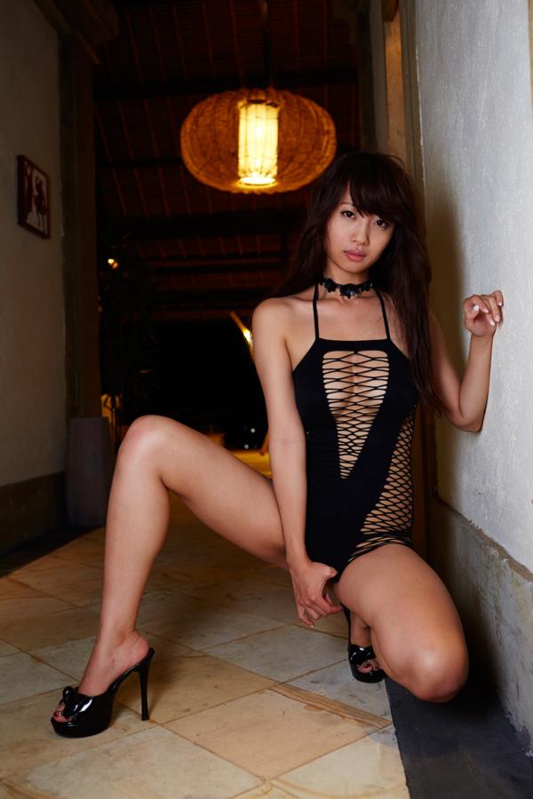 【古川真奈美キャプ画像】熟女グラドルが若い頃から撮ってきたエロシーン! 71