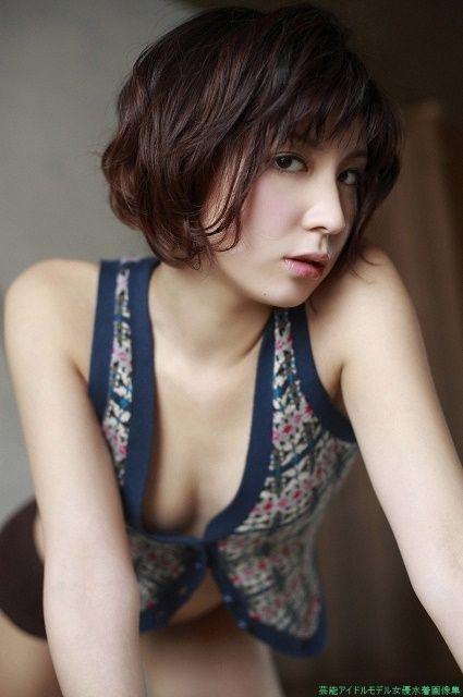 【仲村みうエロ画像】芸能界完全引退から5年後にAV女優になった元グラドル 16