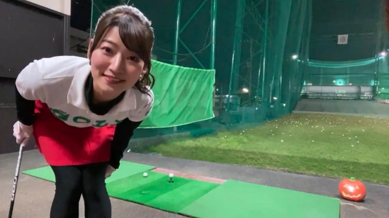 【女子アナキャプ画像】ゴルフでスカートひらひらさせてパンチラ寸前!? 09