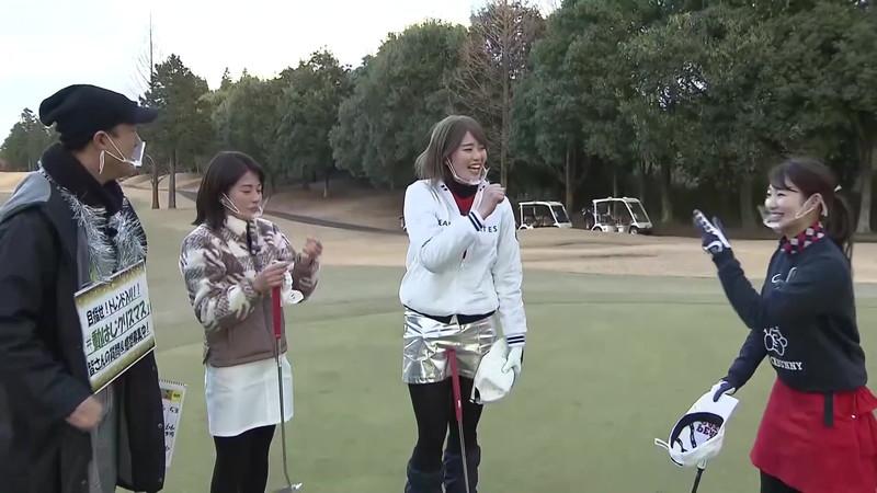 【女子アナキャプ画像】ゴルフでスカートひらひらさせてパンチラ寸前!? 30