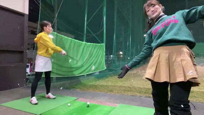 【女子アナキャプ画像】ゴルフでスカートひらひらさせてパンチラ寸前!? 46