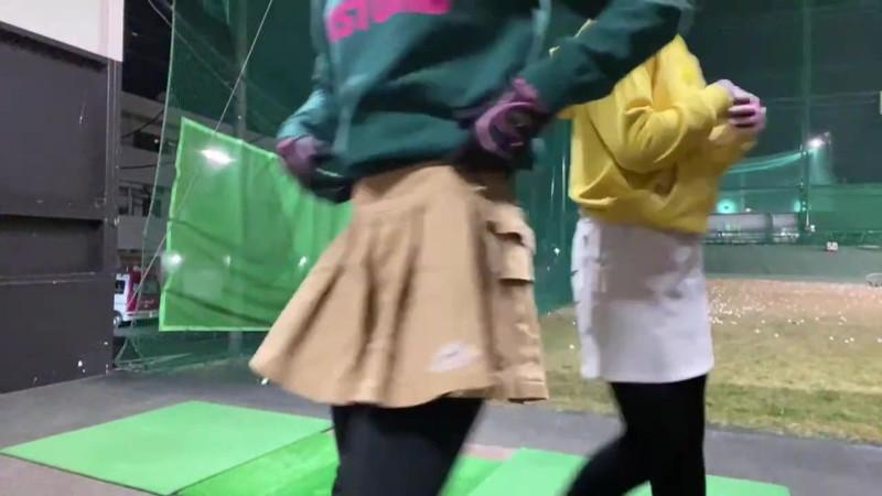 【女子アナキャプ画像】ゴルフでスカートひらひらさせてパンチラ寸前!? 47