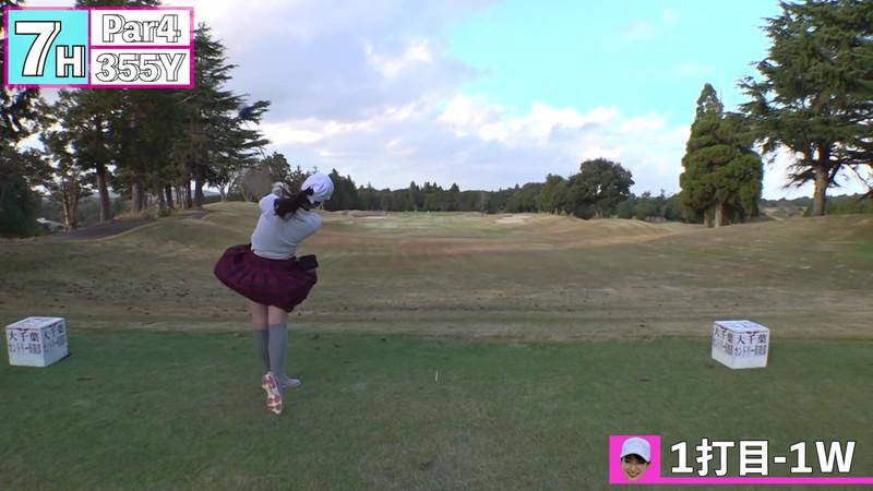 【女子アナキャプ画像】ゴルフでスカートひらひらさせてパンチラ寸前!? 69