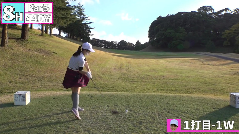 【女子アナキャプ画像】ゴルフでスカートひらひらさせてパンチラ寸前!? 76