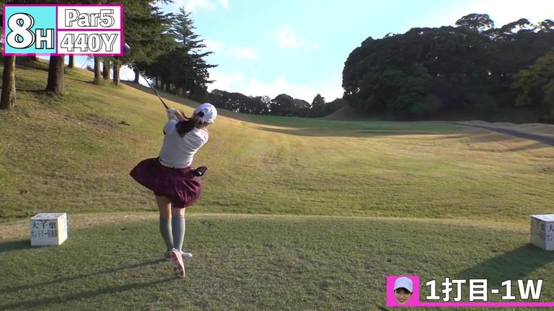 【女子アナキャプ画像】ゴルフでスカートひらひらさせてパンチラ寸前!? 77