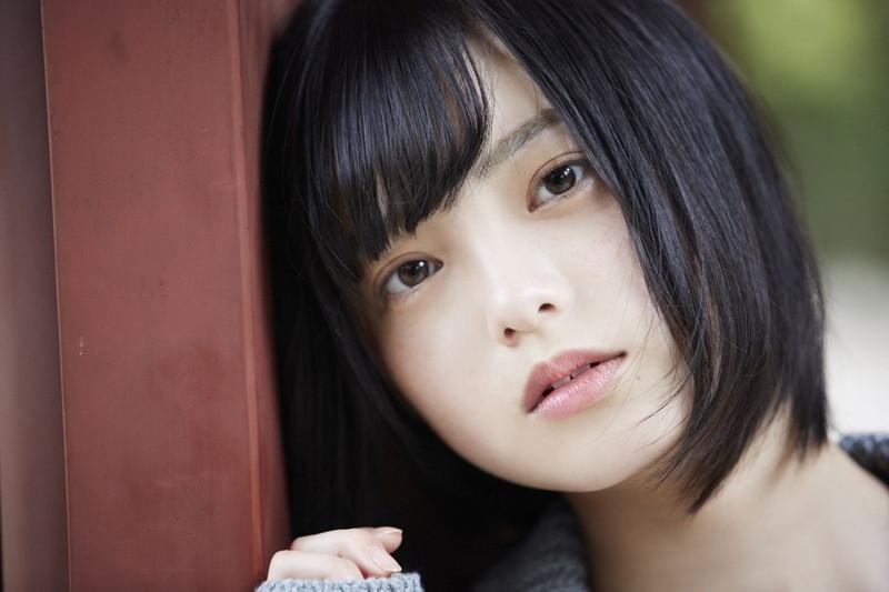 【平手友梨奈グラビア画像】ショートヘアが似合って可愛い元欅坂46アイドル