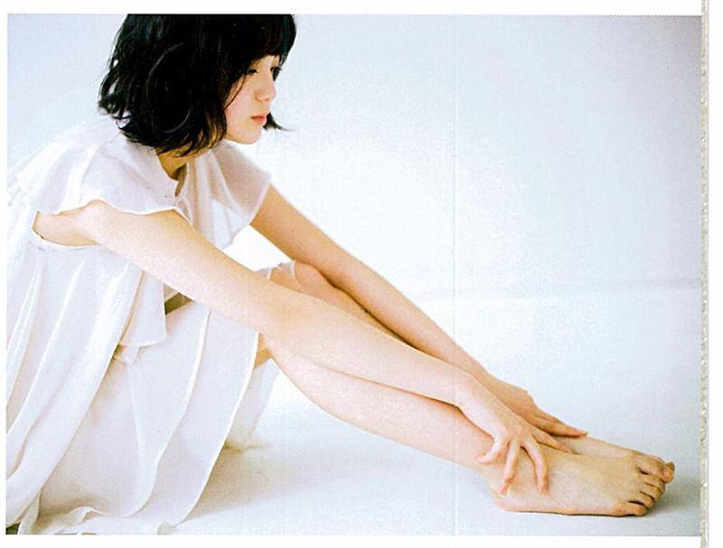 【平手友梨奈グラビア画像】ショートヘアが似合って可愛い元欅坂46アイドル 03