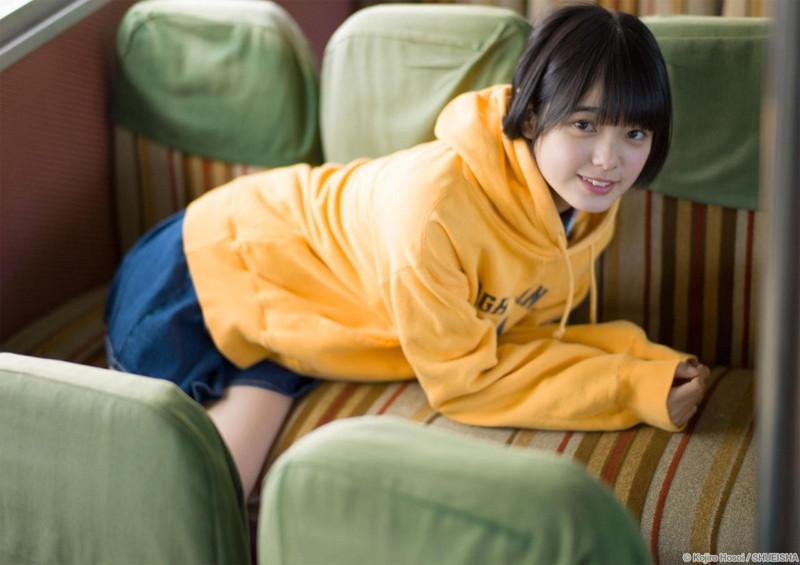 【平手友梨奈グラビア画像】ショートヘアが似合って可愛い元欅坂46アイドル 07