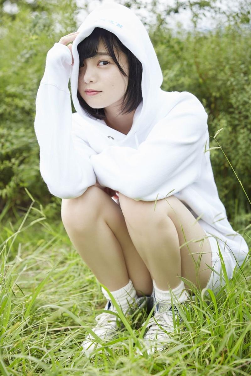 【平手友梨奈グラビア画像】ショートヘアが似合って可愛い元欅坂46アイドル 13