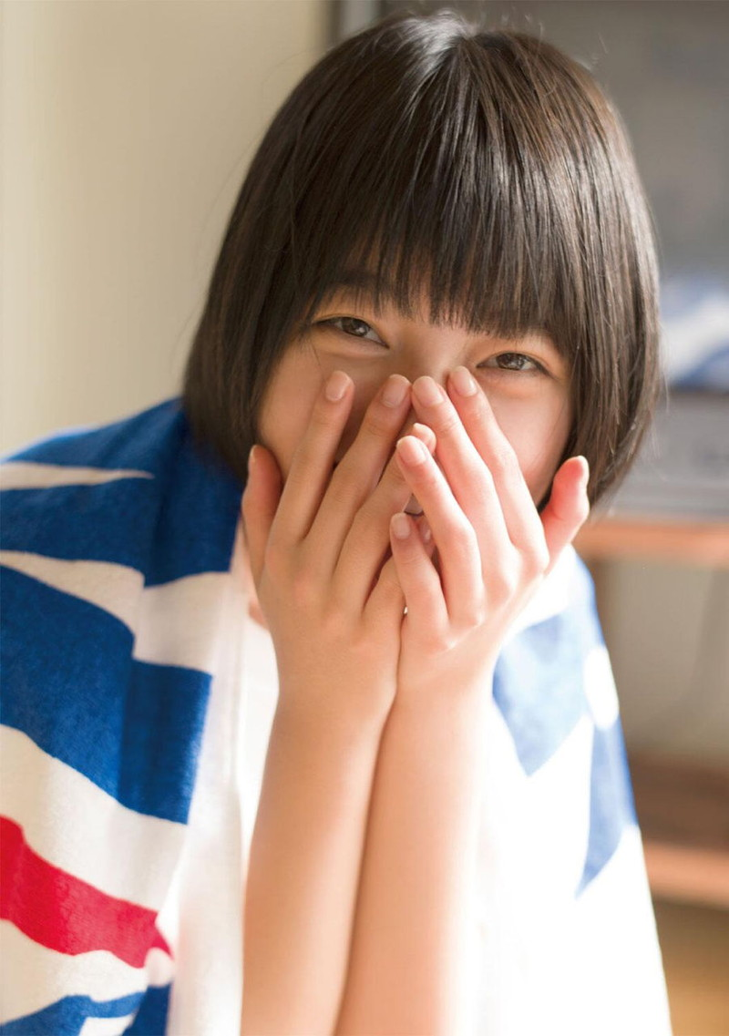 【平手友梨奈グラビア画像】ショートヘアが似合って可愛い元欅坂46アイドル 26