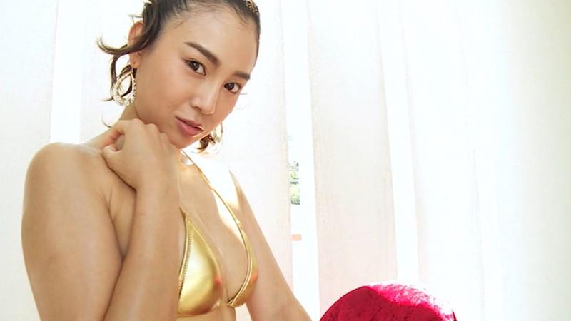 【中村エリカキャプ画像】三十路熟女からグラビアデビューとかチャレンジャーだなw 38