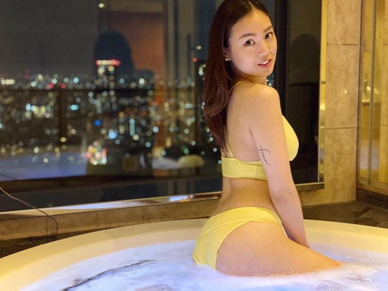 【中村エリカキャプ画像】三十路熟女からグラビアデビューとかチャレンジャーだなw 71
