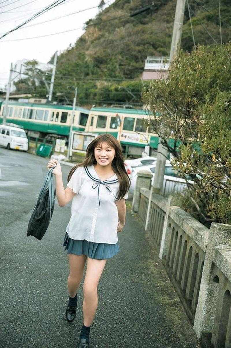 【古田愛理グラビア画像】アイドルから女優へ転身した美少女JKの水着写真 78