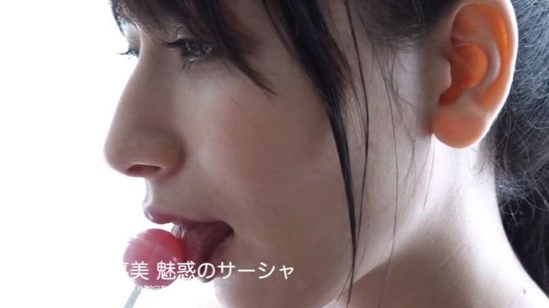 【サーシャ菜美キャプ画像】絵師グラドルを自称するロシアクォーター美女 62